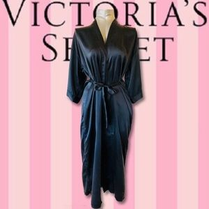 '90s VS Black Silk Duster Length Robe